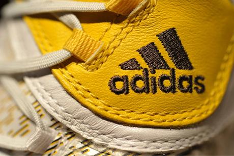 Adidas will Schuhe aus Plastikmüll herstellen
