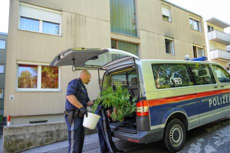 Verkauf Im Großen Stil Zillertaler Polizei Legte Dealern