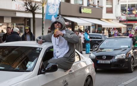 Haft Für Snowbombing Dealer Tiroler Tageszeitung Online