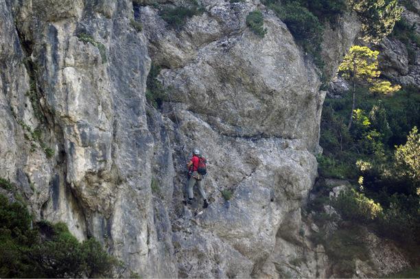 Klettersteig Ottenalm : Jähriger stürzte am klettersteig ab tiroler tageszeitung
