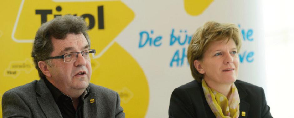 """Anfang Oktober sieht man sich vor Gericht wieder: Hans Lindenberger und Innsbrucks Bürgermeisterin Christine Oppitz-Plörer.<span class=""""TT11_Fotohinweis"""">Foto: Böhm</span>"""