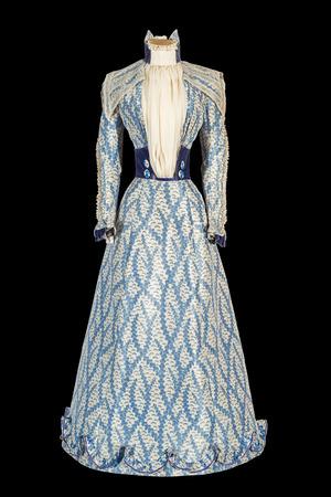 Das blaue Kleid von Kaiserin Elisabeth ist das Glanzstück aus ihrer Garderobe.