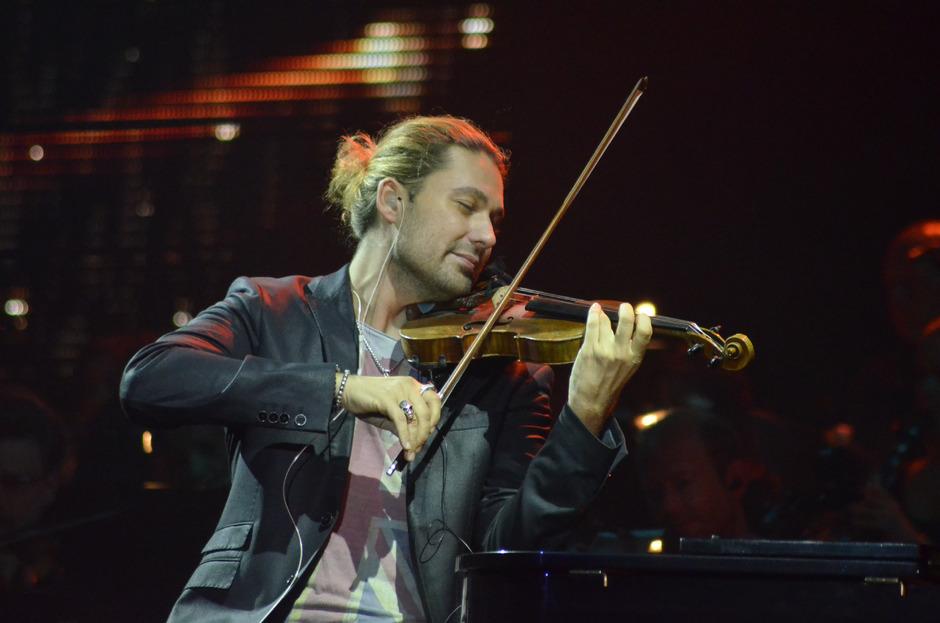 """David Garrett in der Innsbrucker Olympiahalle bei seinem vorletzten Konzert der """"Classic Revolution""""-Tour."""
