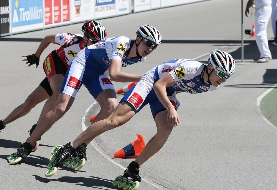 Die SC-Wörgl-Athleten Thomas Petutschnigg und Manuel Vogl (r.) schlüpfen morgen in der WM-Juniorenklasse in das Nationalteamdress.