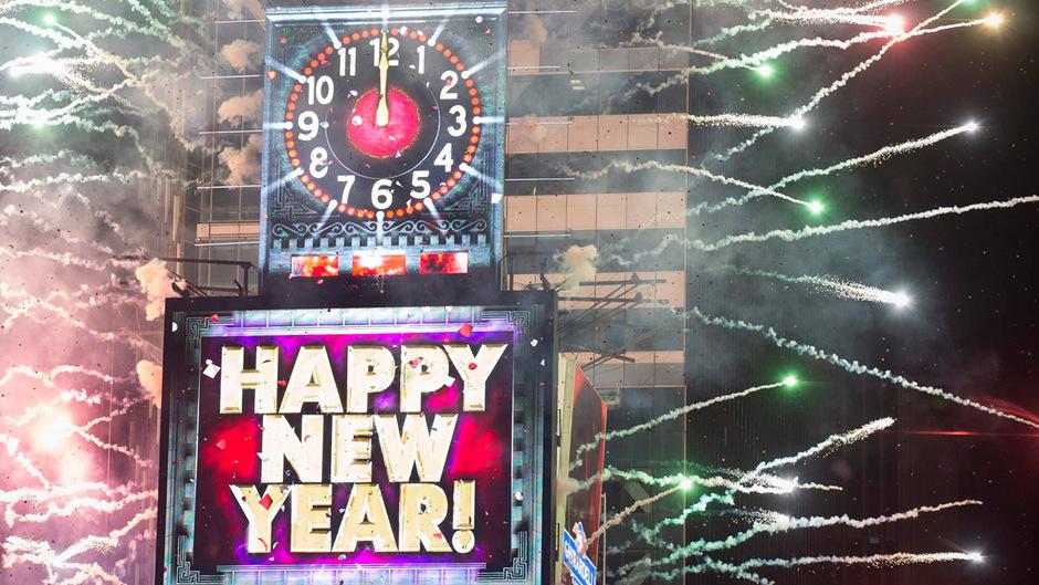 Von Samoa bis New York: Die Welt begrüßte das neue Jahr | Tiroler ...