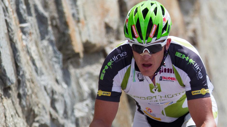 Bergauf einer der schnellsten Radamateure – aber nicht mit erlaubten Mitteln: Emanuel Nösig.
