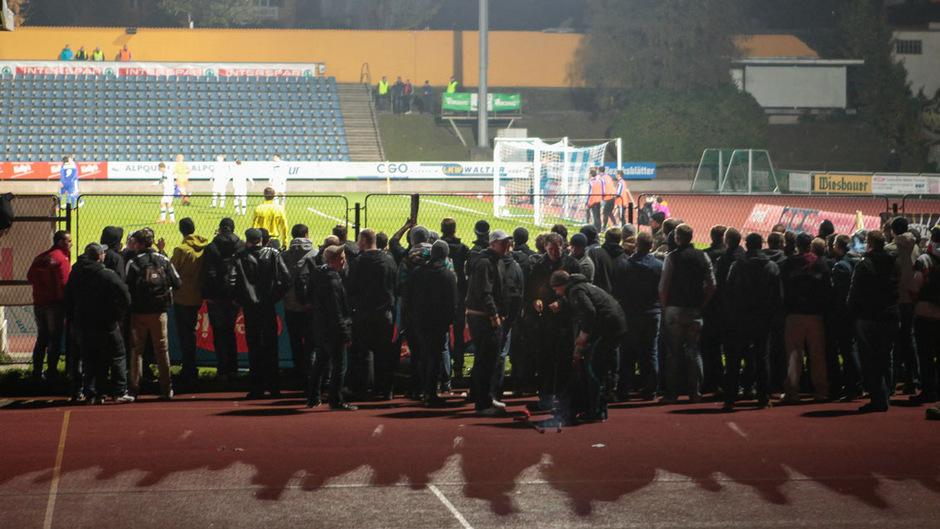 25. Oktober 2012: Beim Geisterspiel von Austria Salzburg in Kufstein fanden sich zahlreiche Gäste-Fans ein.