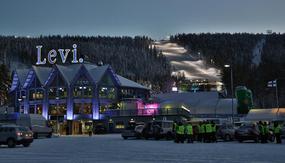 Der traditionelle Slalom-Auftakt in Levi fällt dem warmen Wetter zum Opfer.