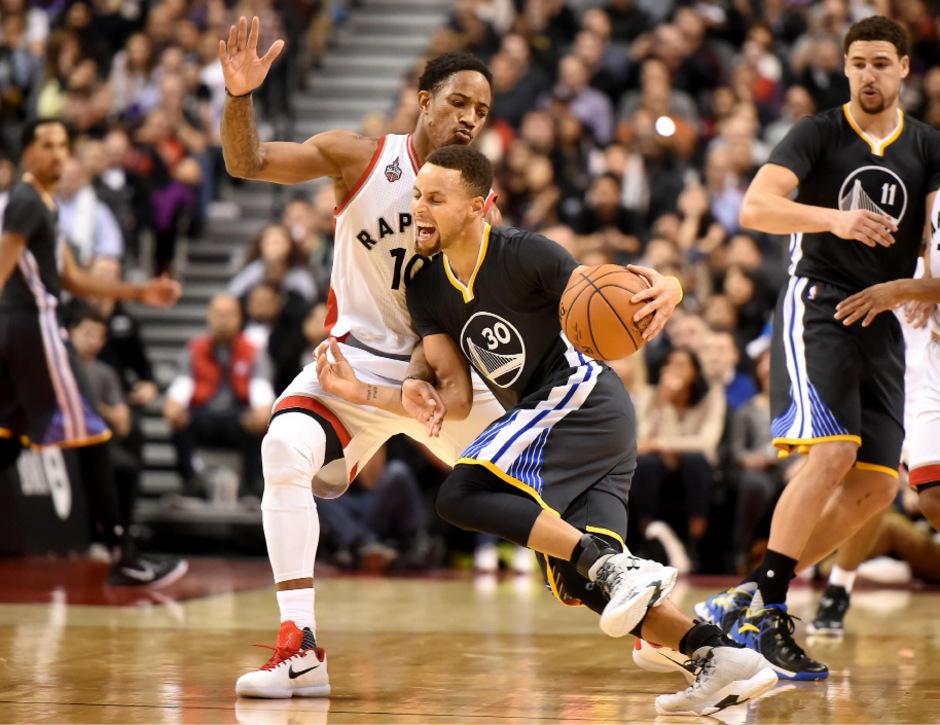 Stephen Curry und die Golden State Warriors ließen sich von Tornto nicht aufhalten.