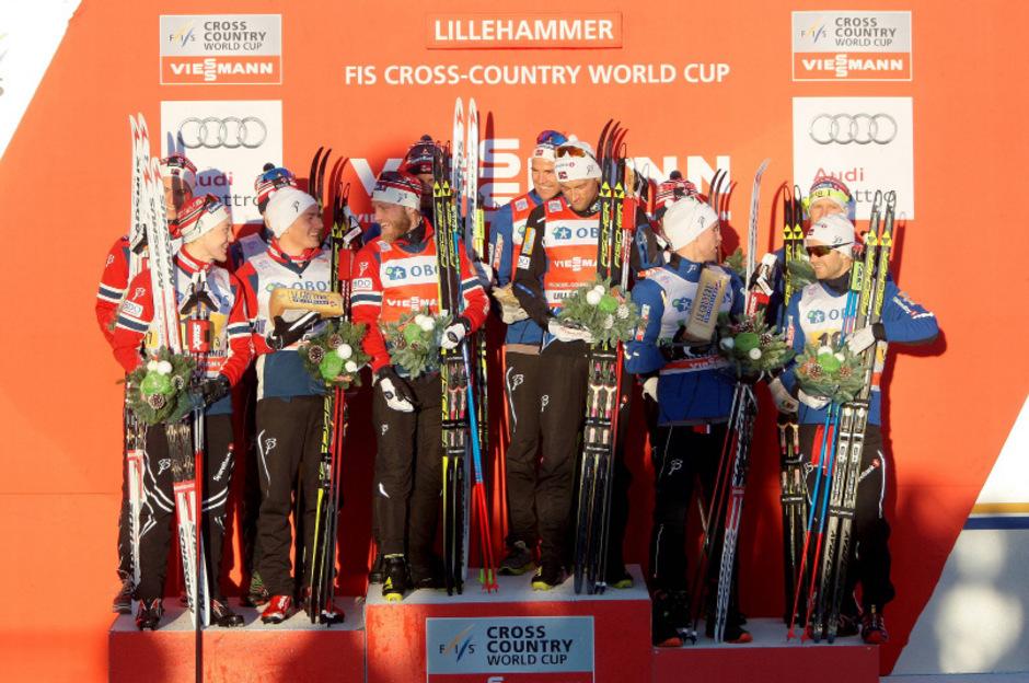 Norwegens Männer feierten beim Staffelbewerb in Lillehammer einen historischen Dreifachsieg.