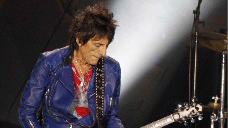 Rolling-Stones-Gitarrist Ron Wood wird spät erneut Vater.