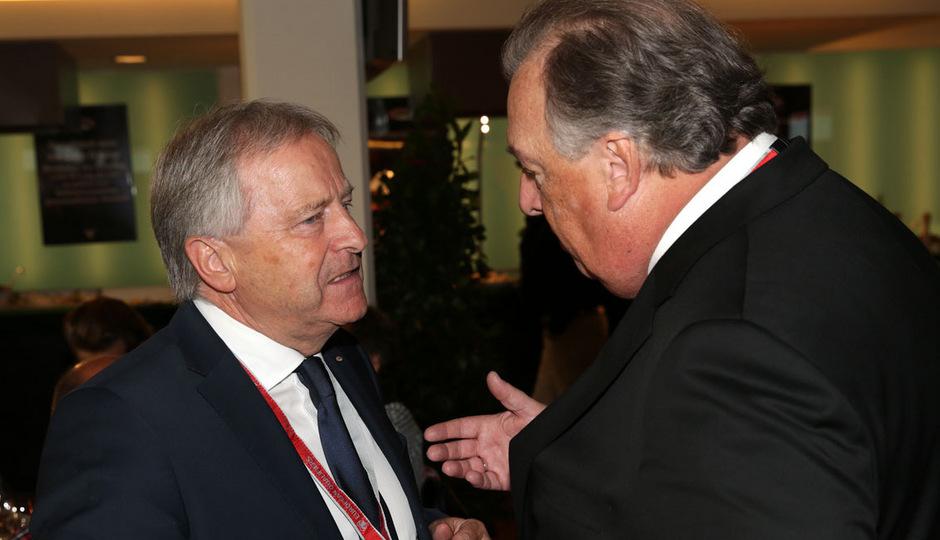 ÖFB-Präsident Leo Windtner und Generaldirektor Alfred Ludwig führen die rot-weiß-rote Delegation an.