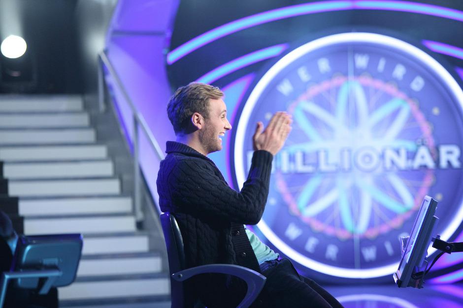 """Der Student Leon Windscheid hat bei der Fernsehshow """"Wer wird Millionär"""" eine Million Euro gewonnen und ist damit der 14 Millionär der TV-Show."""