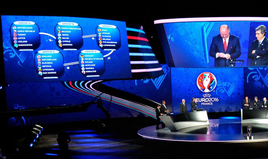 Der erste Höhepunkt der EM 2016 findet am Samstag unter rigorosen Sicherheitsvorkehrungen im Palais des Congrès in Paris mit der Auslosung für die Gruppenspiele statt.