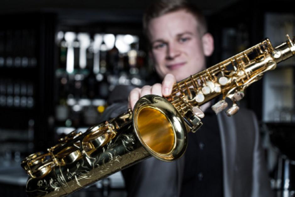 Das Saxophon ist die große Leidenschaft des Jochberger Ausnahmetalents.