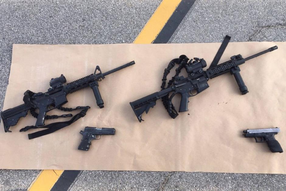 Das Sheriffs-Büro von San Bernardino veröffentlichte ein Foto der Tatwaffen.