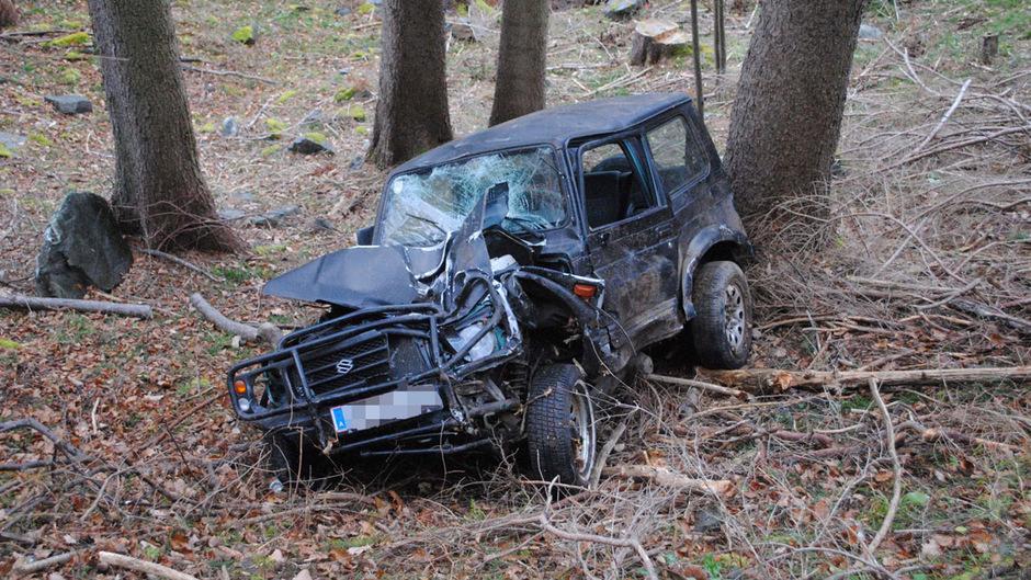 Das zerstörte Auto des 30-Jährigen.