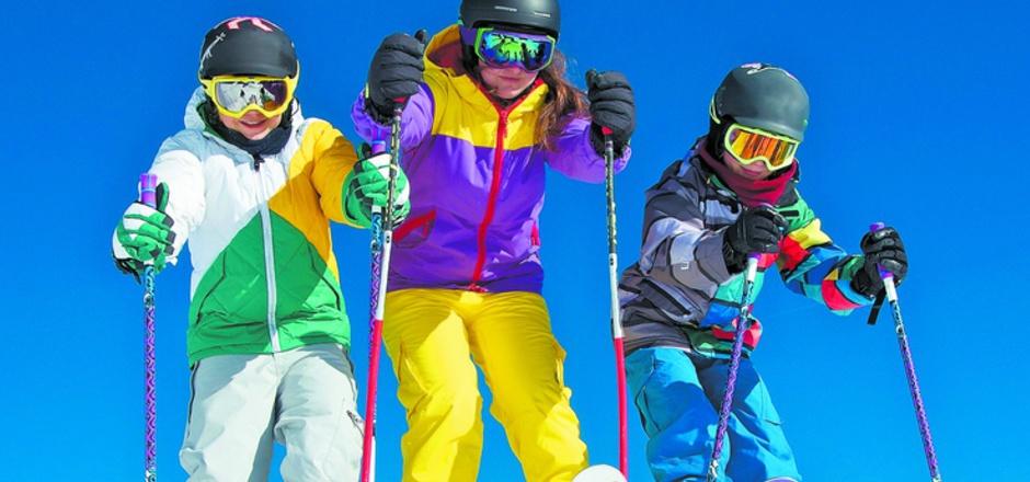 In einigen Skigebieten kostet die Tageskarte nun erstmals über 50 Euro.