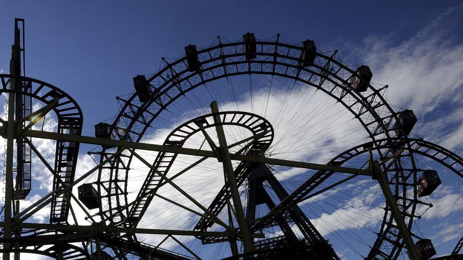 Ein polnisches Ehepaar wurde von den Betreibern im Riesenrad vergessen.
