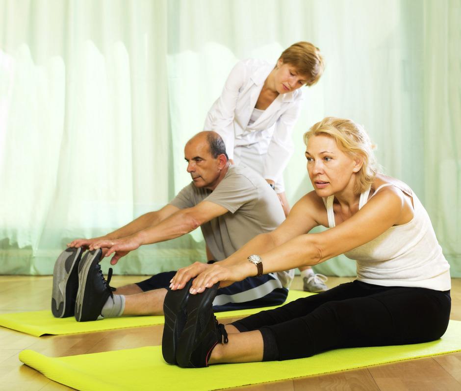 Männer und Frauen haben verschiedene Motive in der Gymnastikstunde. Frauen geben sich gesundheitsbewusster, Männer leistungsorientierter.