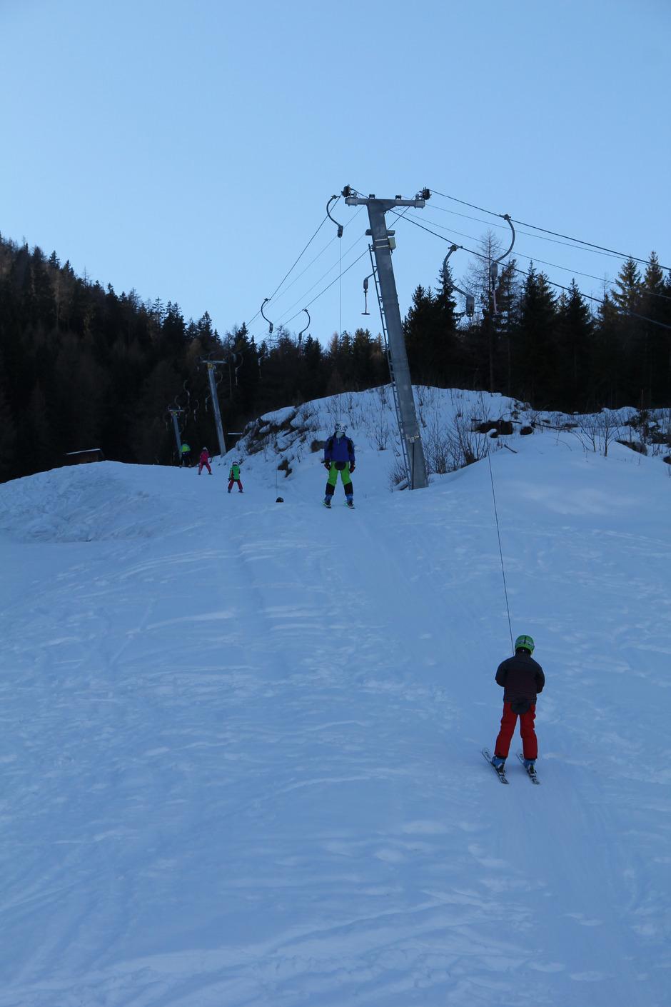 Beim Patschiedlift Ziehen Alle An Einem Strang Tiroler