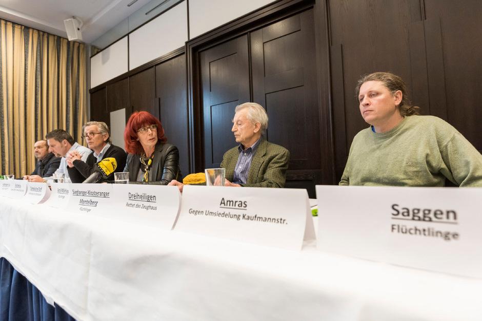 """Gemeinsam für eine neue Kultur der Mitbestimmung in Innsbruck: Walter Schiestl, Thomas Mayer, Leonhard Pertl, Anita Stangl, Siegfried Zenz und Berthold Schwan (v.l.), ein Teil der neuen IG """"Bürgerinitiativen""""."""