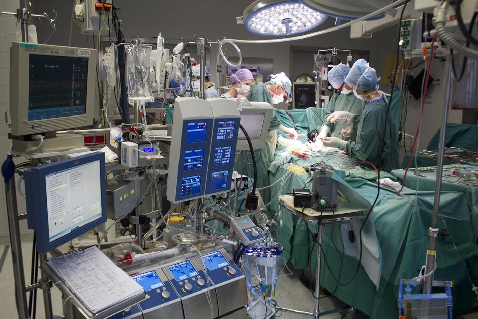 Eine Herztransplantation an der Klinik in Innsbruck.