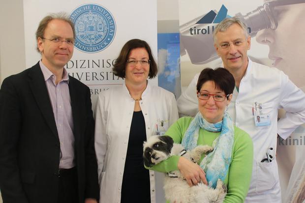 v.l. Univ.-Prof. Dr. Johannes Zschocke, Ph. D., Univ.-Prof. Dr. Daniela Karall, Ursula Baumgartner, Univ.-Doz. Dr. Gerhard Pölzl
