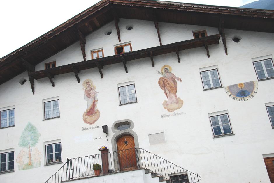 Das Geburtshaus von Jakob Prandtauer (1660–1726) ist 600 Jahre alt, früher war es ein Wirtshaus.