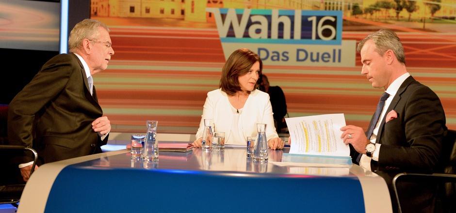 Beim letzten TV-Duell zwischen Alexander Van der Bellen und Norbert Hofer (r.) kam es zu einer Recherchepanne des ORF.