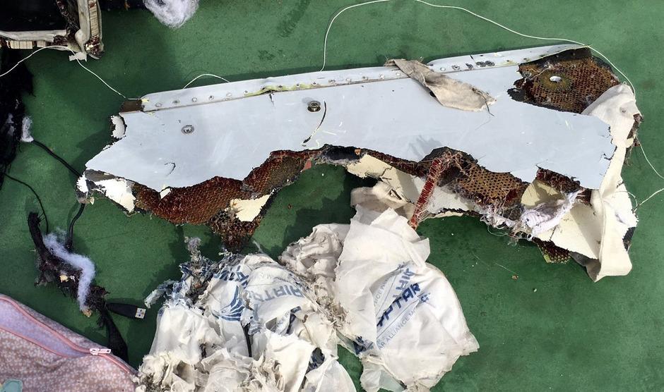 Gefundene Wrackteile der abgestürzten Maschine.