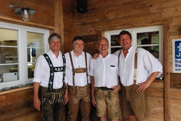 Die vier Investoren der frisch umgebauten Cilli-Hütte: Franz Schratt, Josef Kattum, Fritz Schweiger, Robert Ackermann.