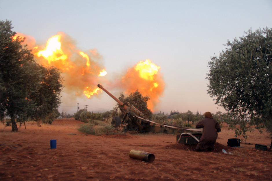 Rebellen der Ahrar al-Scham vor Aleppo.