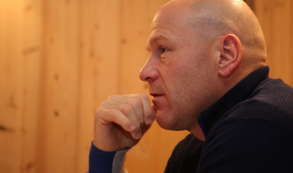 Das Gericht in Neuenburg verurteilte Didier Cuche zu einer Geldstrafe von 2.000 Franken (1.842,98 Euro).