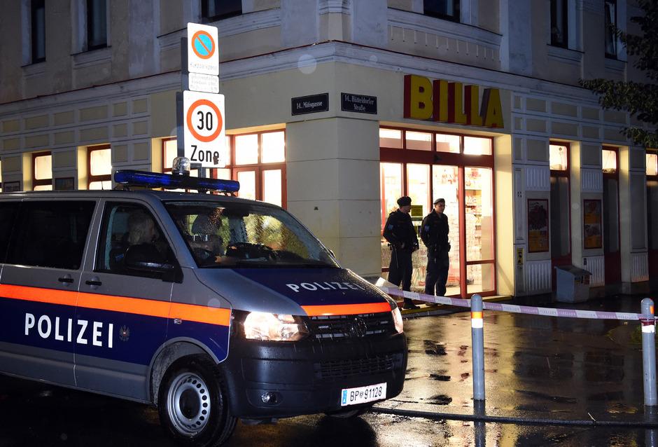 Bei einem Schusswechsel auf der Hütteldorfer Straße ist am Samstag, 2. Juli 2016 ein Polizist schwer verletzt und ein Polizist erschossen worden.