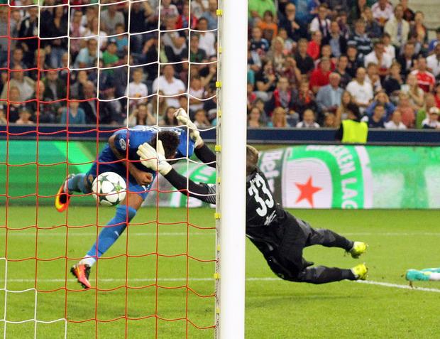 Bitter für die Salzburger war das 1:2 durch El Arabi Hilal Soudani in der Nachspielzeit.