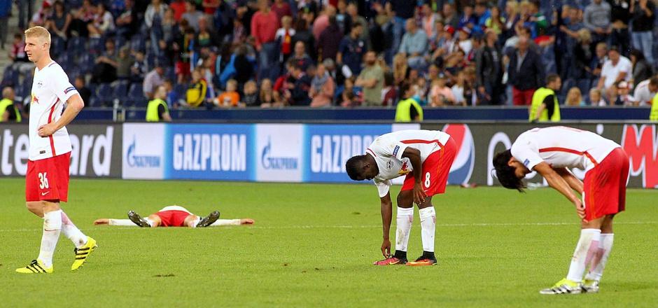 Die Enttäuschung stand den Salzburg-Kickern nach dem Schlusspfiff ins Gesicht geschrieben.