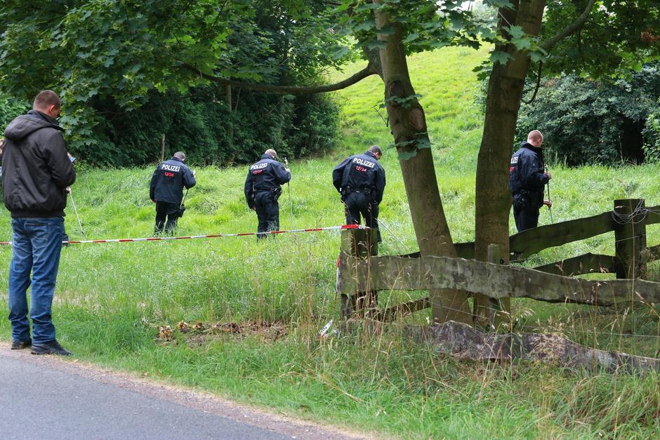 Suchmannschaften hatten die ganze Umgebung nach Anneli abgesucht. Ihre Entführer hatten sie da schon getötet.