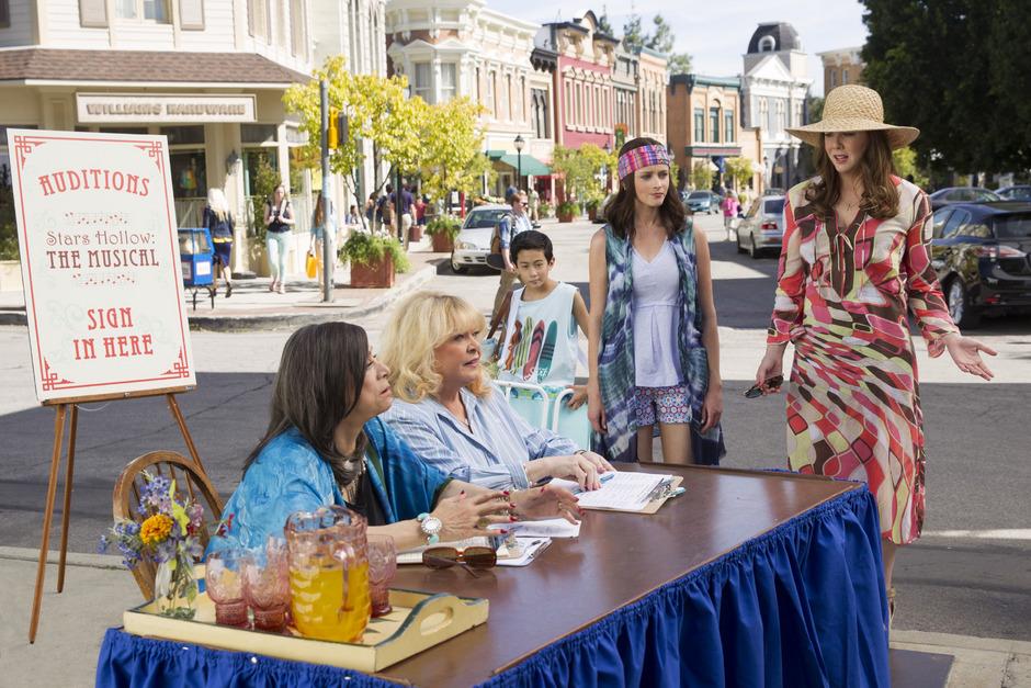 """Serien-Comeback der """"Gilmore Girls"""" auf Netflix am 25. November 2016."""