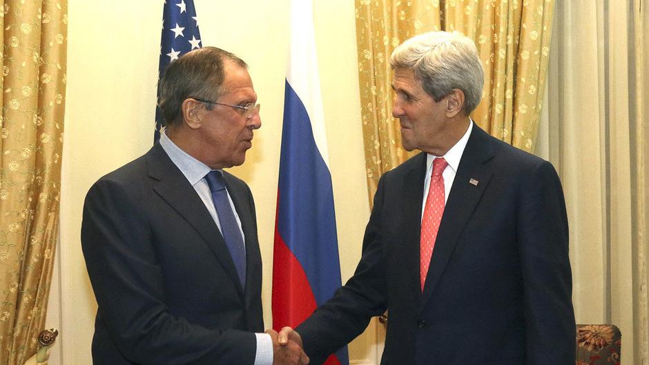 Russlands Außenminister Sergej Lawrow und US-Außenminister John Kerry. (Archivaufnahme)