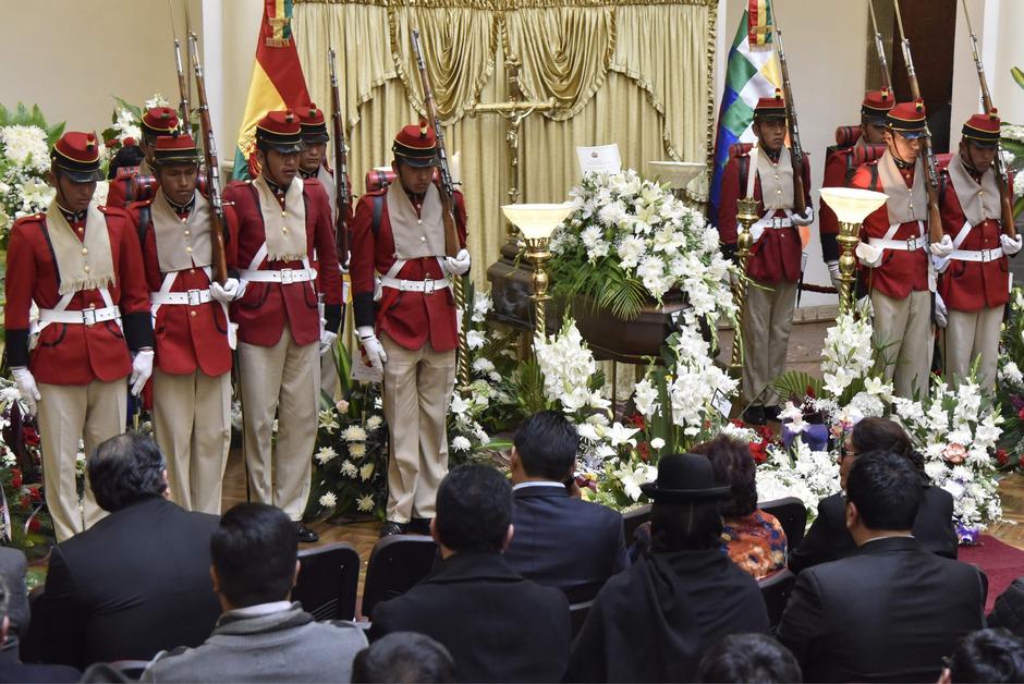 Mahnwache für den getöteten stellvertretenden Innenminister Boliviens, Rodolfo Illanes.