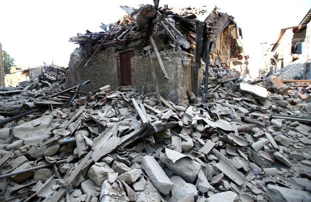Bei dem Erdbeben in Amatrice im Vorjahr kamen 299 Personen ums Leben. (Archivbild)