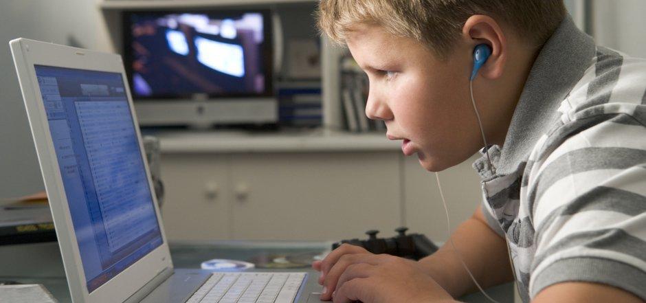 Elternvertreter fürchten, dass auf die Erziehungsberechtigten hohe Kosten zukommen könnten.