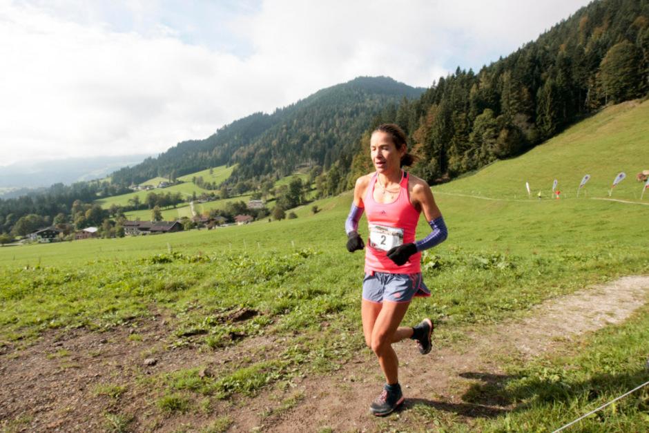 Bei der Tour de Tirol läuft Jasmin Nunige einsam voran. Die Schweizerin gewann zum vierten Mal das schwierige Etappenrennen.