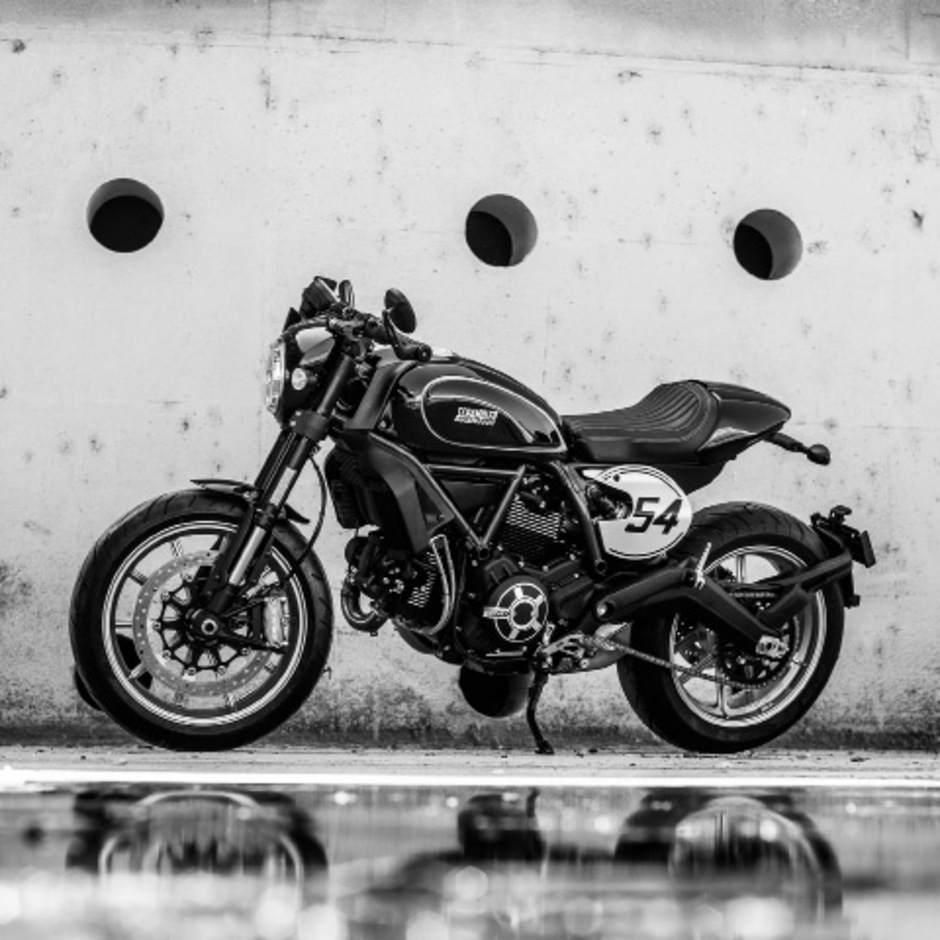 "Ducati baut die Scrambler-Familie in alle Richtungen aus: die Enduro ""Desert Sled"".<span class=""TT11_Fotohinweis"">Fotos: Hersteller</span>"