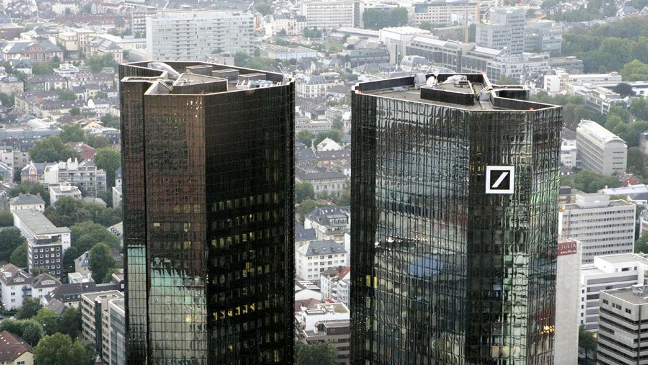 Deutschlands größtes Geldhaus und andere Banken hatten den Fall für sich 2013 mit einem Vergleich mit der EU-Kommission abgeschlossen.