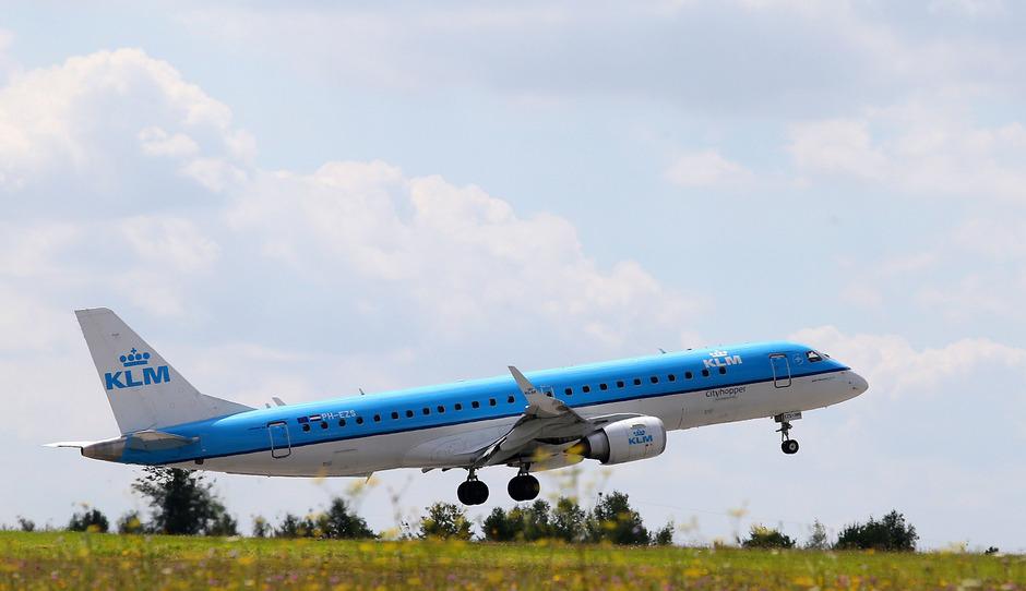 Die KLM verlangt bei Nichtantreten des Fluges bis zu 3000 Euro Gebühren.