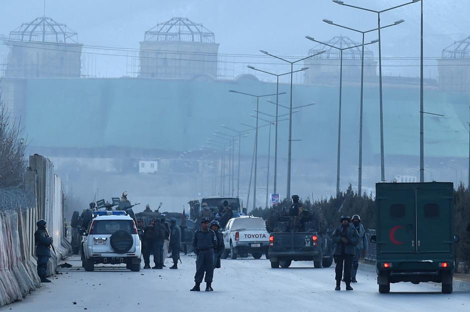 Sicherheitskräfte nach dem jüngsten Doppelanschlag in Kabul.