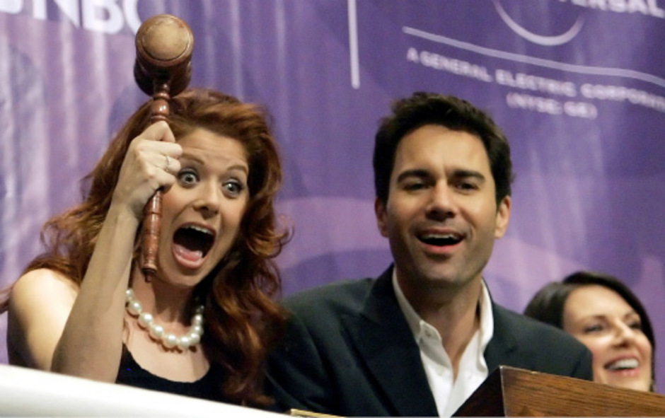 """Eric McCormack und Debra Messing spielen """"Will & Grace""""."""