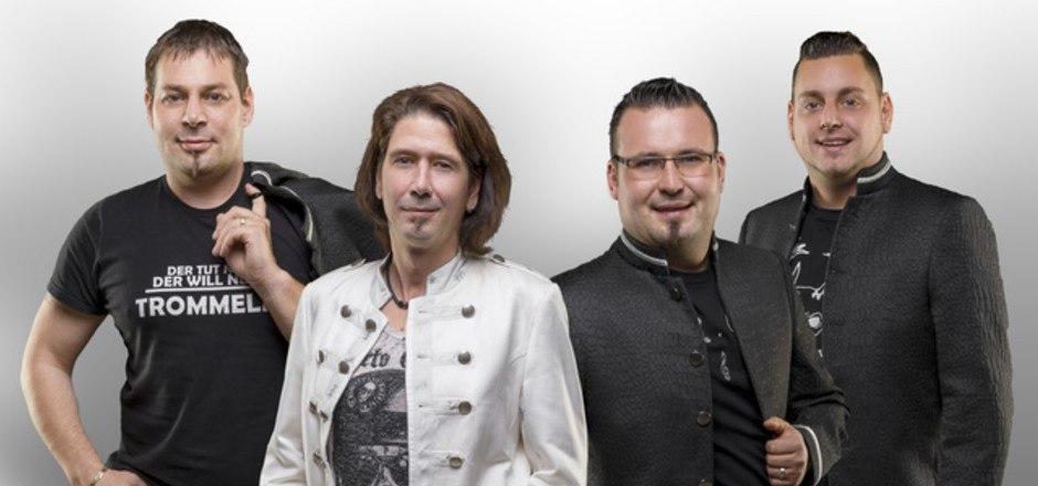 Seit Oktober mit neuem Drummer: Schlagerband Kristall.